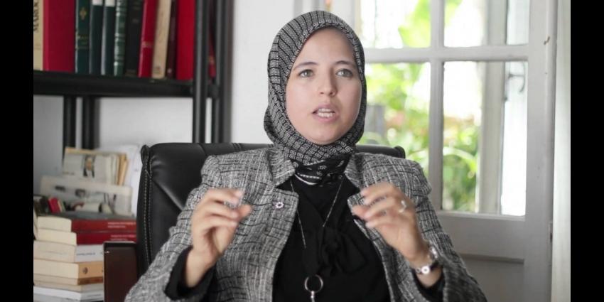 Scandale d 39 adult re itimad zahidi porte plainte contre - Peut on porter plainte contre un membre de sa famille ...