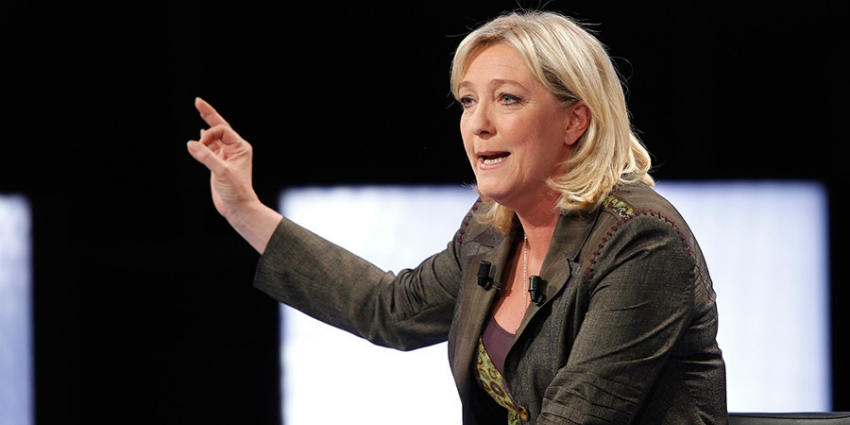 Marine Le Pen refuse l'expertise psychiatrique — Photos de Daech