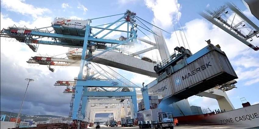 Tanger med se renforce en tant que plus grand port conteneurs d 39 afrique h24info - Le plus grand port en afrique ...