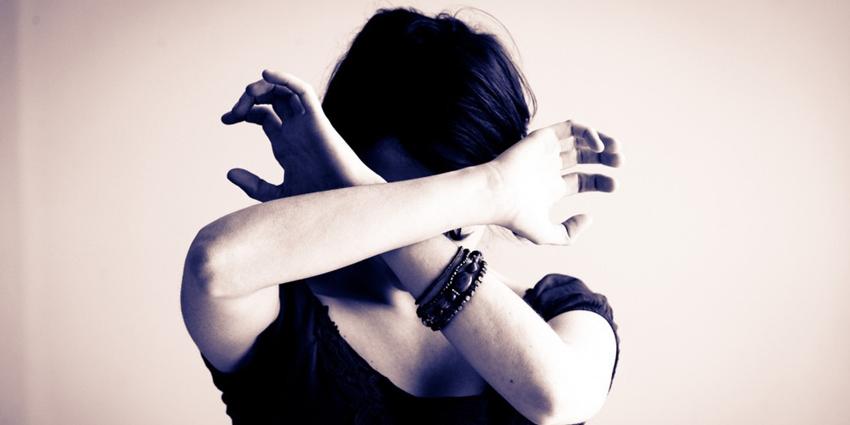 le maroc approuve un projet de loi contre la violence faite aux femmes h24info. Black Bedroom Furniture Sets. Home Design Ideas