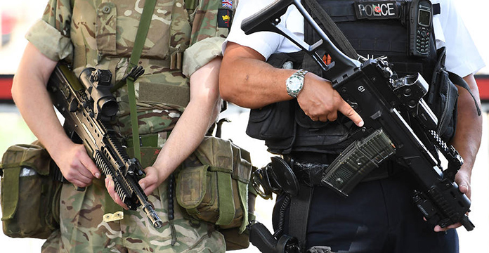 Appel à témoin pour connaître l'avant-attentat — Manchester