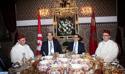 Maroc-Tunisie: Mohammed VI offre un iftar en l'honneur de Youssef Chahed