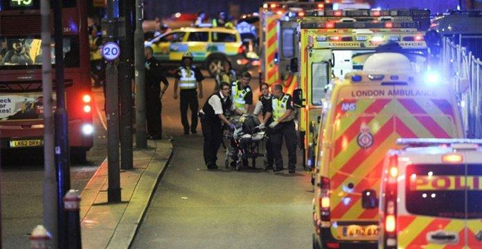 Au moins six morts, 48 blessés, trois assaillants abattus — Attentat de Londres