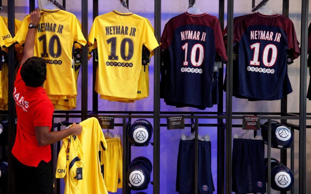 Déjà 500 000 euros de recette pour le site du PSG — Neymar