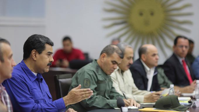 Le Drian évoque une reprise du dialogue entre gouvernement et opposition — Venezuela
