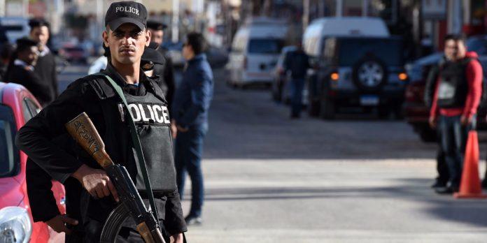 Deux policiers tués à Alexandrie dans l'explosion d'une voiture piégée — Égypte