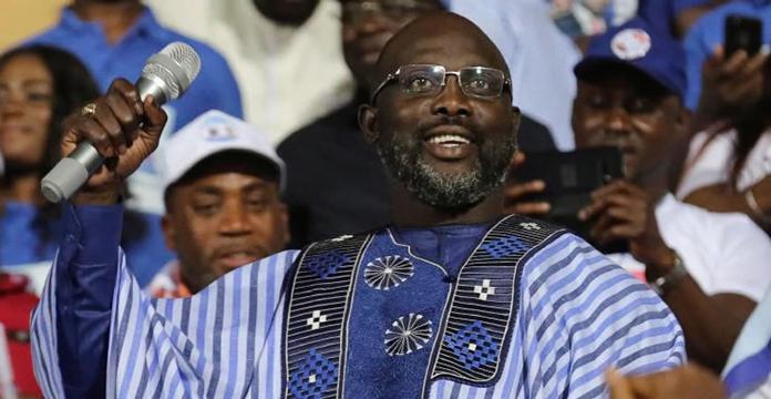 George Weah à Dakar cet après-midi — Visite d'Etat