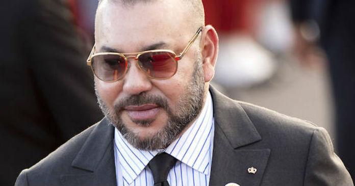 SM le Roi prend en charge les victimes — Accident de Tanger