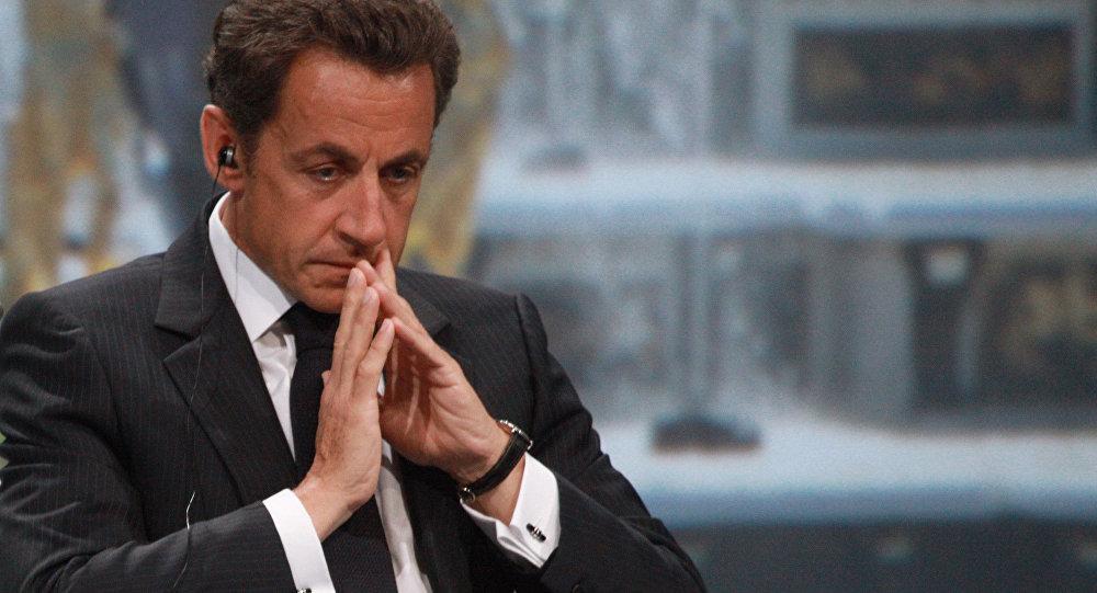 Nicolas Sarkozy interdit de se rendre en Tunisie