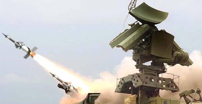 Damas affirme avoir abattu des missiles au-dessus de Homs — Syrie