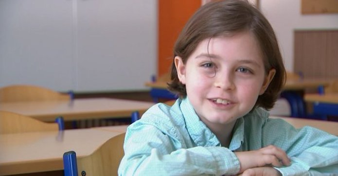 Il décroche son bac à 8 ans seulement — Belgique