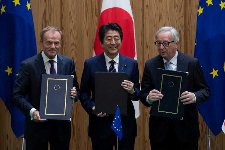 Entre l'Union européenne et le Japon, un accord pour répondre à Trump