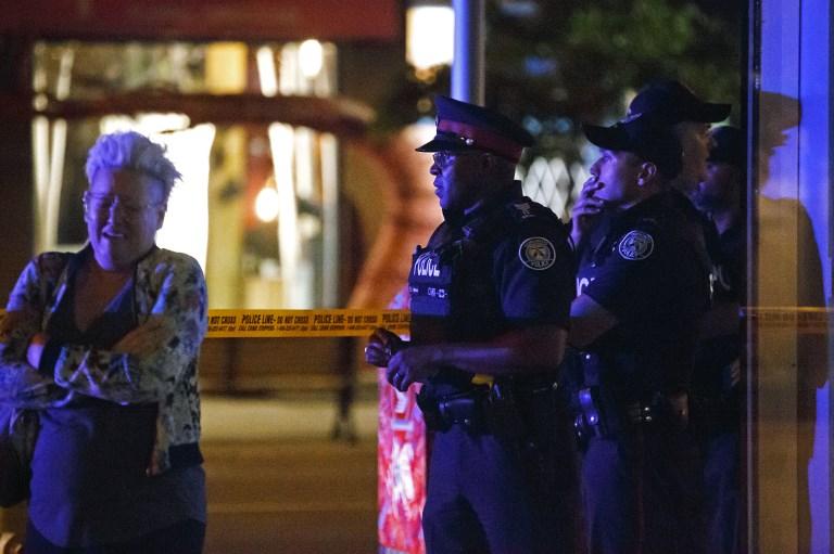 Fusillade à Toronto : l'appel au calme du maire de la ville