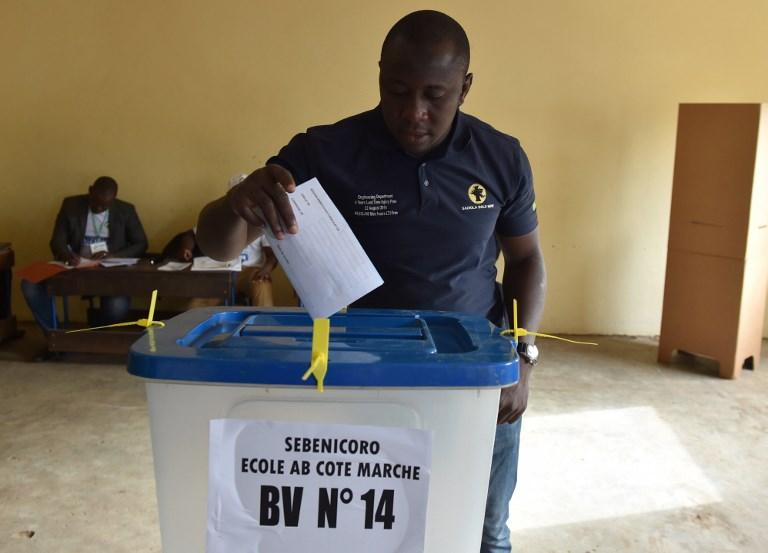 Ouverture des bureaux de vote pour la présidentielle au mali h24info