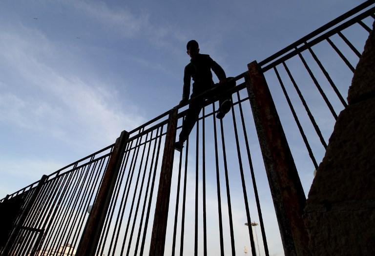 12 militaires blessés à Nador par des migrants, le Maroc réagit — Alerte