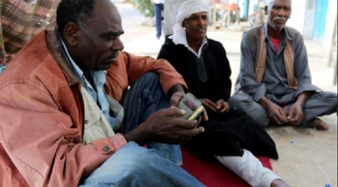 Face au racisme profondément ancré, les Tunisiens noirs espèrent plus d'égalité