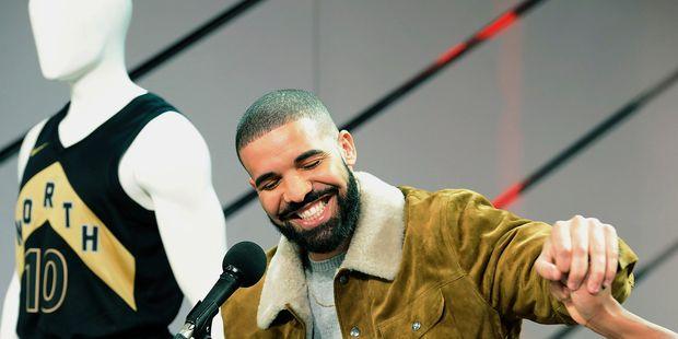 Drake lance sa propre marque de cannabis