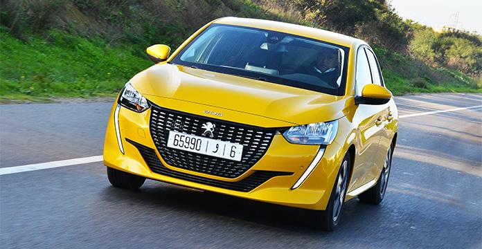 La Peugeot 208 sacrée voiture de l'année — Trophées de l'Automobile