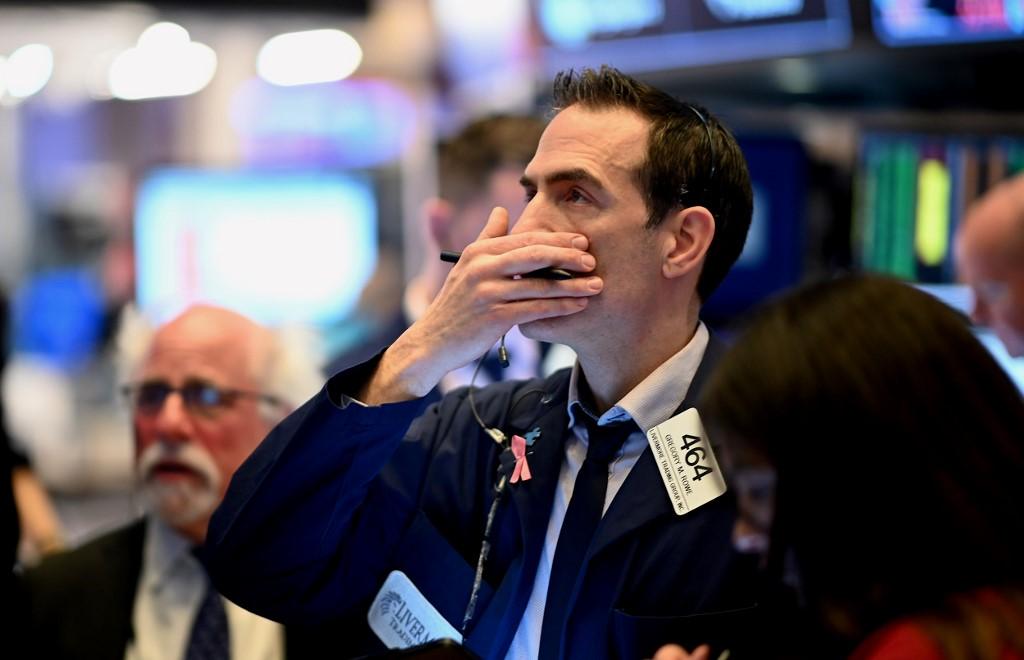 Wall Street termine en baisse, sa pire semaine depuis 2008