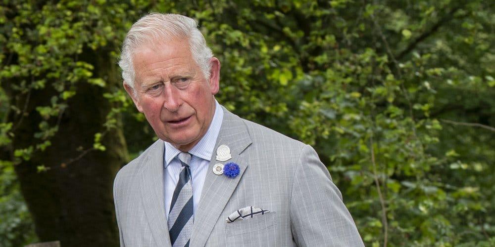 COVID-19 : le prince Charles testé positif