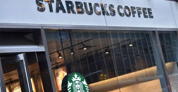 Starbucks fait une pause dans la publicité sur les réseaux sociaux — STARBUCKS